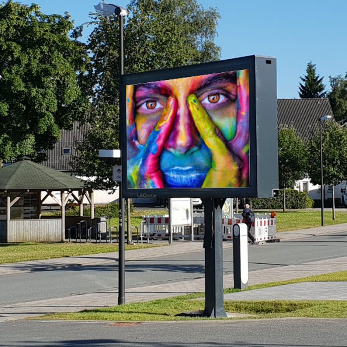 LEDVERTISE® VIDEOWALL, outdoor Videowand, LED-Werbung